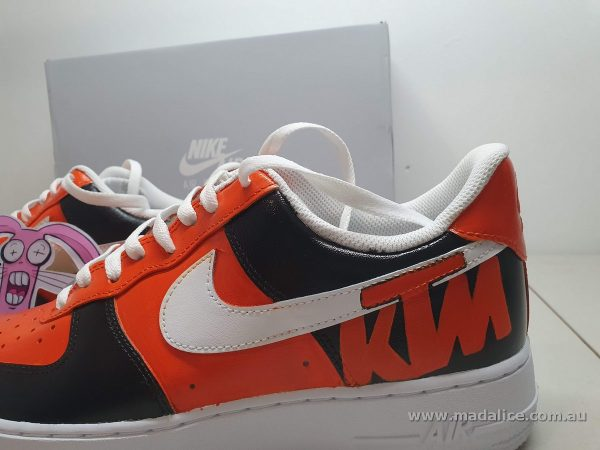 hand painted custom KTM nike shoes