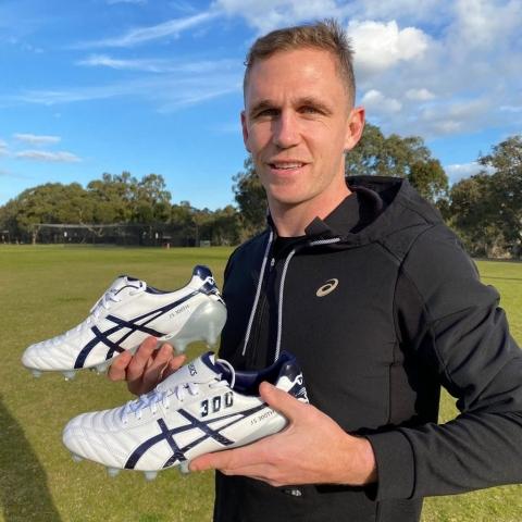 Joel Selwood Mad Alice custom Asics boots