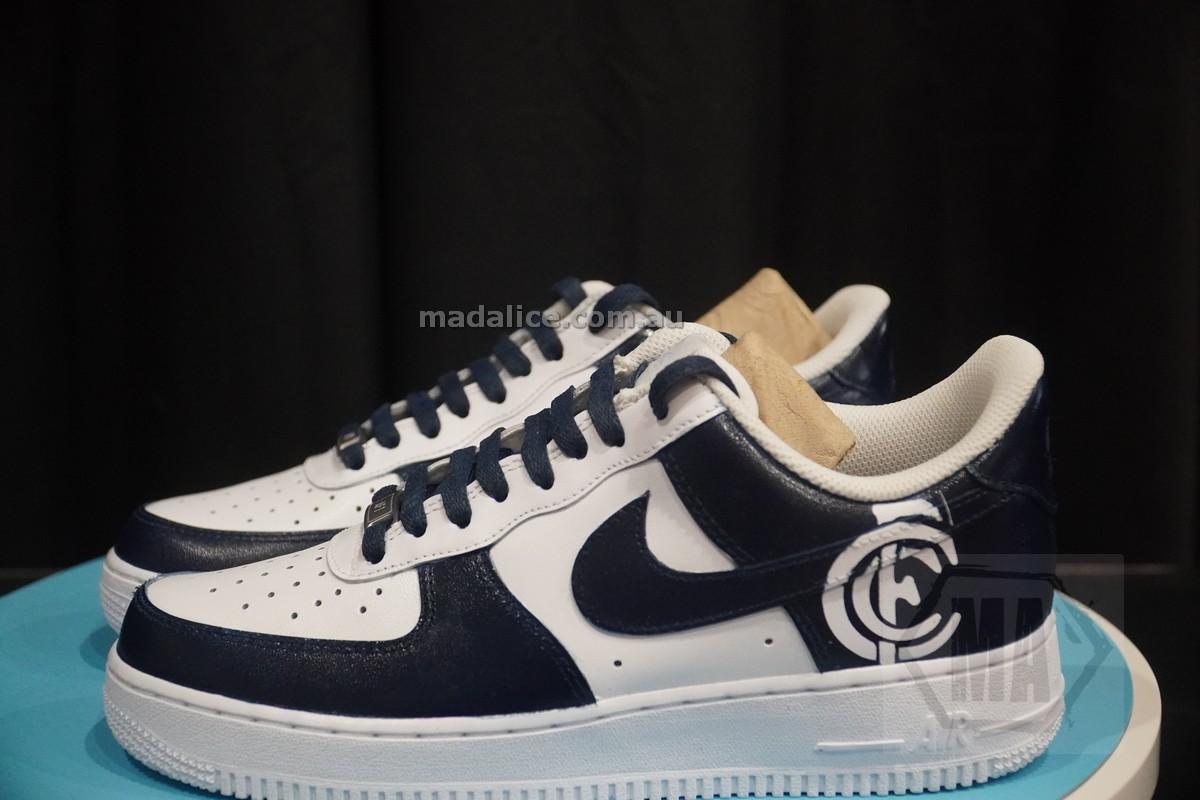 carlton custom kicks